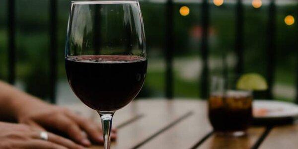 ¿Cómo exportar vino desde España a Polonia?